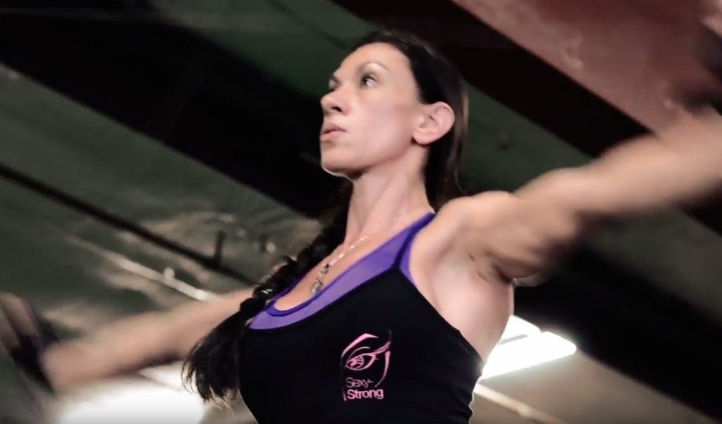 Jacquelyn Geringer Training Shoulders